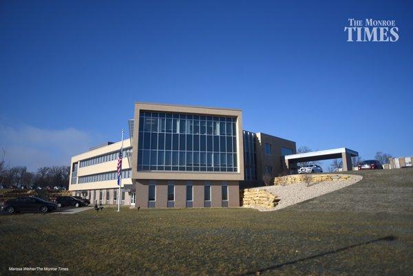 New Gov Building 01