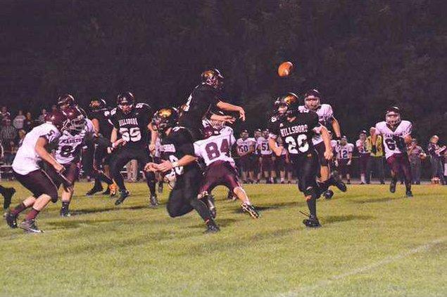 joe helgerson throws ball away