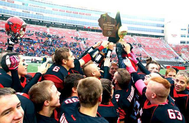 BH FB state trophy hoist color