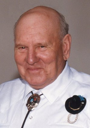 Lester LaVerne Mau