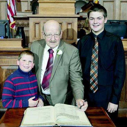ed brooks grandsons