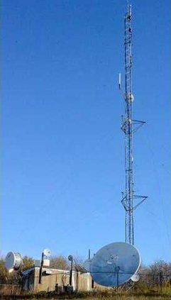 M radio tower