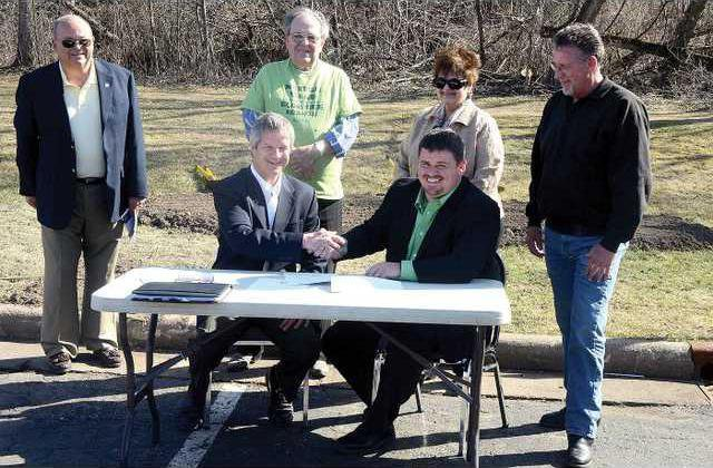 1 trail grant signing