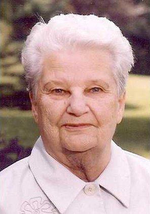 Doris Chase web