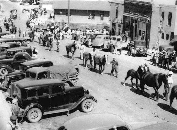 1939 1st parade upbw