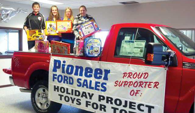 Pioneer Ford Holiday Project