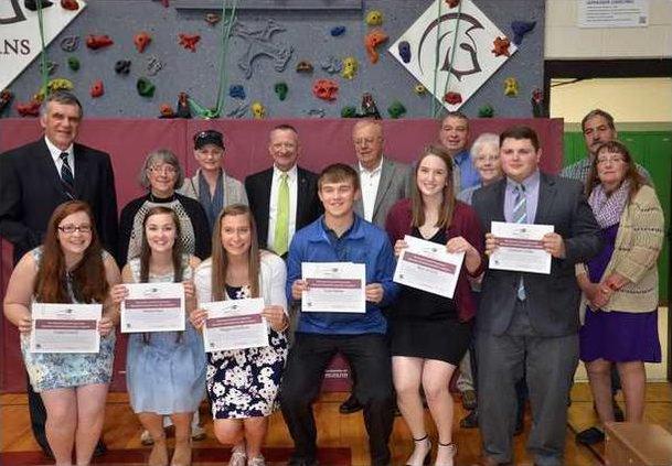 cropped2017 NCEF scholarship awards
