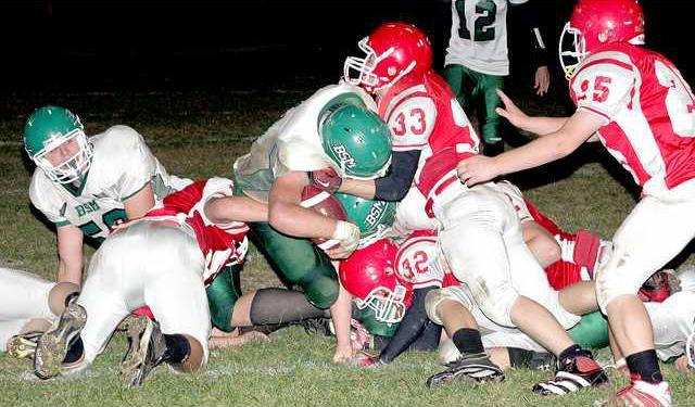 Benton footballIMG 6871-for web