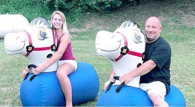 Pulling for Preston bouncy horses
