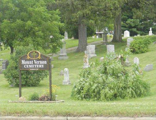 tree damaged mt vernon cemetery