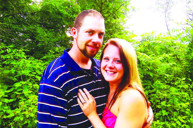 Edgington/Feldmann to wed Sept. 14