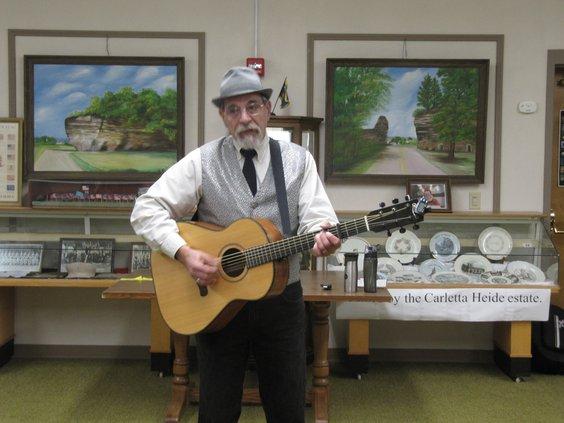 History, music of vaudeville  provided entertaining program