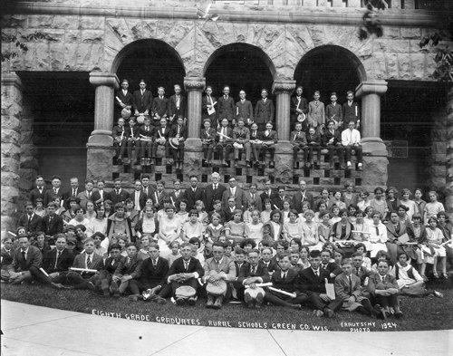 1924 Green County rural school graduates