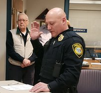New Richland Center police chief sworn in