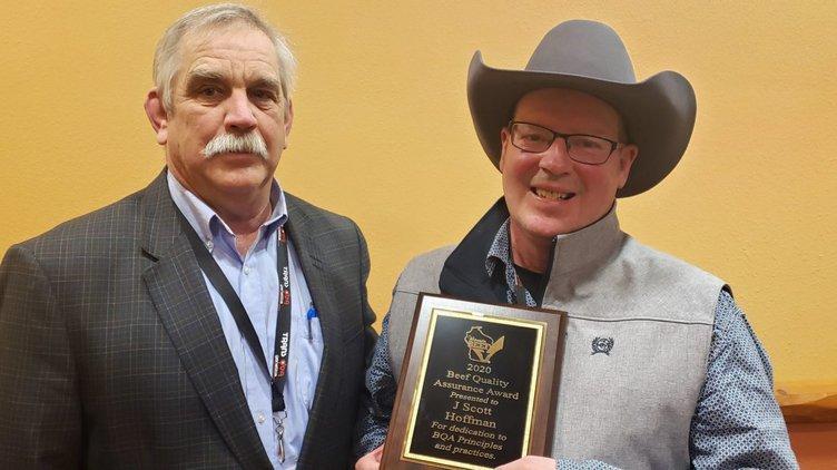 Richland County beef producer gets BQA Award