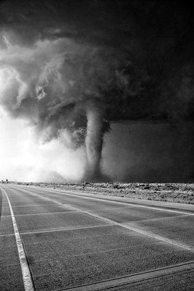 tornado twister storm thunderstorm
