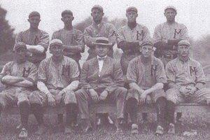 old photo baseball