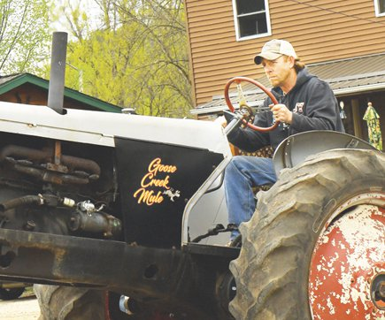 Swadley pulls at 2019 Old Iron Revival