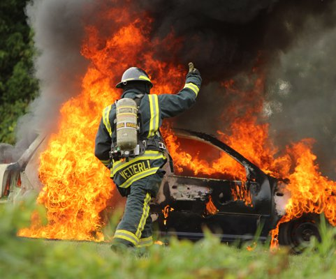 Juda fire car