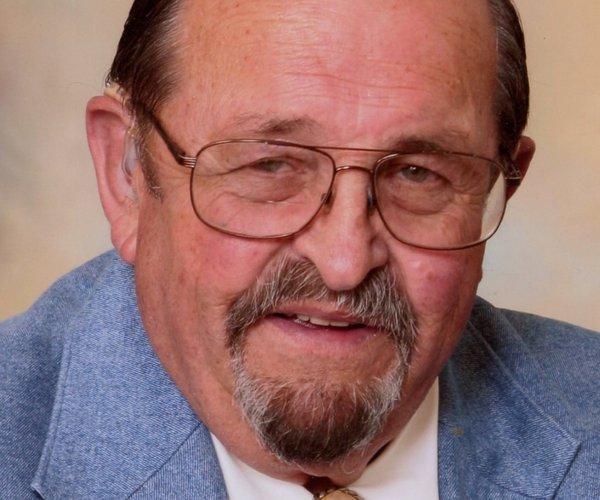 Larry L. Priewe