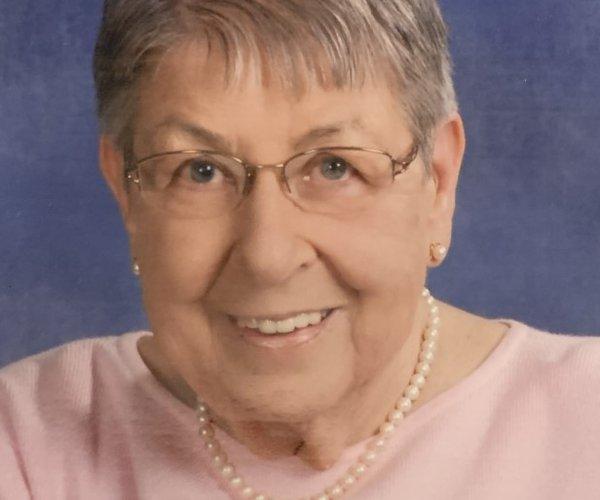 Evelyn Mae (Buckoski) Guttenberg
