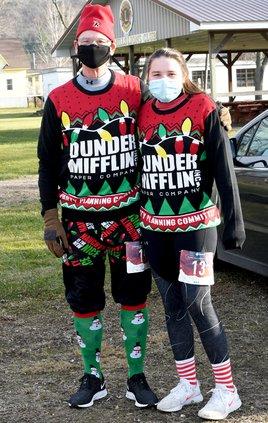 Ugly Sweater_Dunder Mifflin