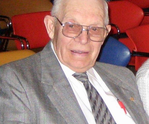 Vilas J. Noyes