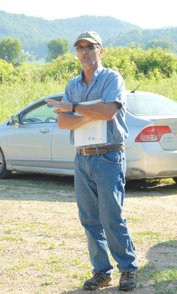 Jeff Hastings speaks to Fishers & Farmers steering committee