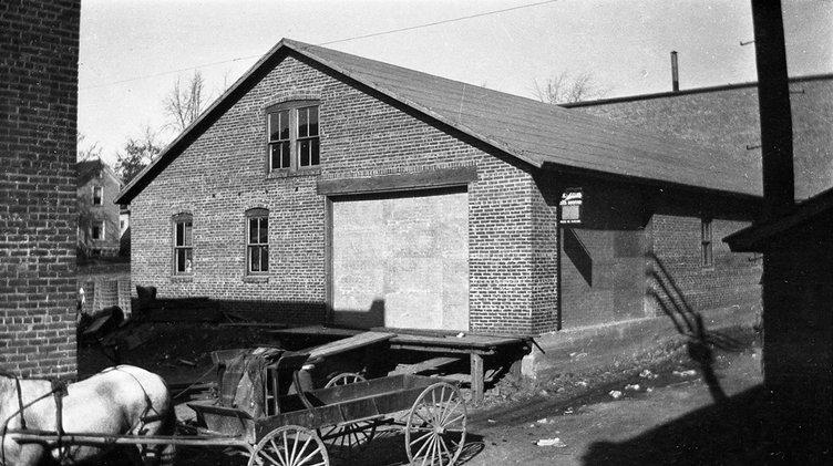 wagon manufacturer