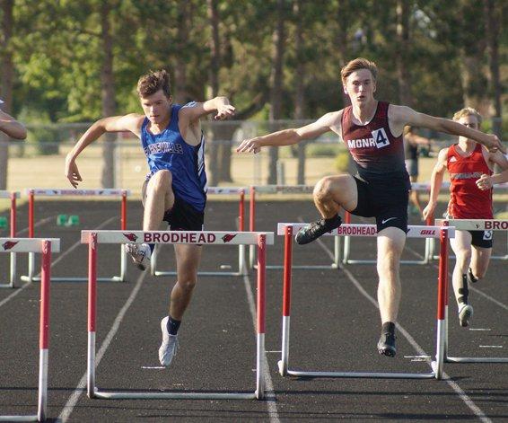 boys hurdles