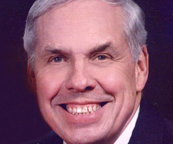 Robert 'Bob' W. Hiltbrand