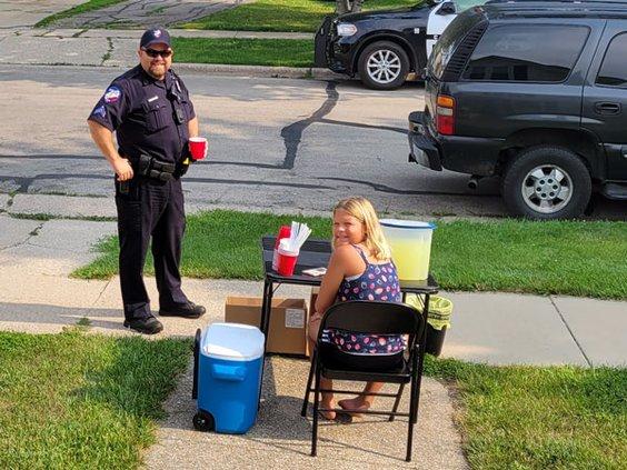 Monroe PD aiding the community